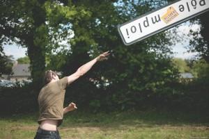 Concours de lancer de panneaux